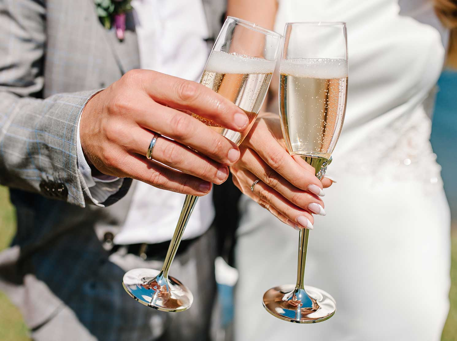 Maried couple toasting Champagne glasses